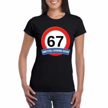 67 jaar verkeersbord t shirt zwart dames