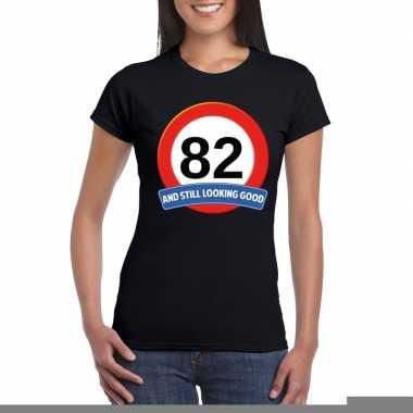 82 jaar verkeersbord t shirt zwart dames