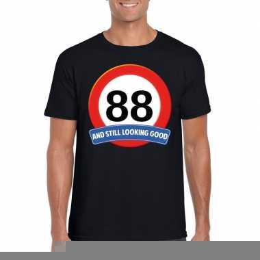 88 jaar verkeersbord t shirt zwart heren