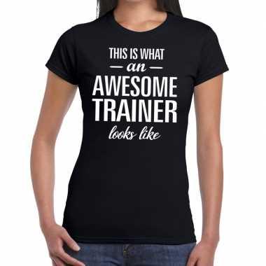 Awesome trainer kado t shirt zwart dames