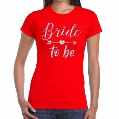 Bride to be zilveren letters fun t shirt rood dames