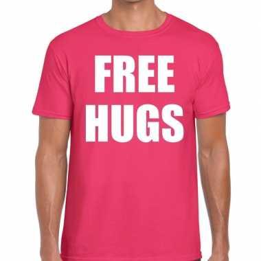 Free hugs fun t shirt roze heren