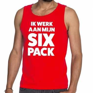 Ik werk aan mijn six pack fun tanktop / mouwloos shirt rood heren