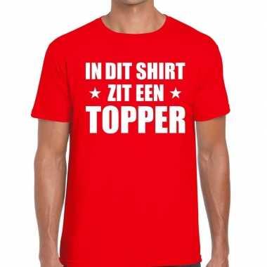 In dit shirt zit een topper tekst t shirt rood heren