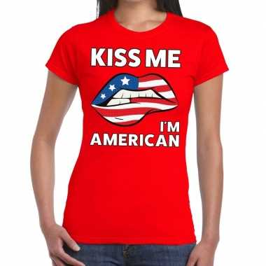 Kiss me i am american rood fun t shirt dames