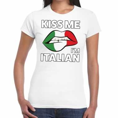Kiss me i am italian wit fun t shirt dames