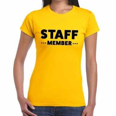 Personeel t shirt geel staff member bedrukking dames