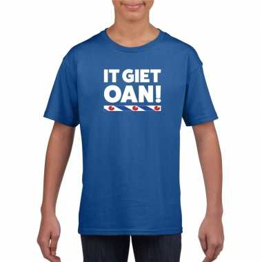 Shirt friesetekst it giet oan blauw kinderen