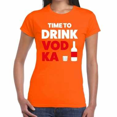 Time to drink vodka fun t shirt oranje dames