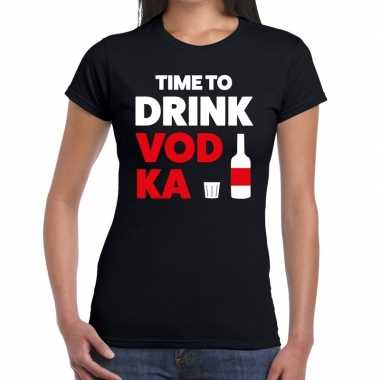 Time to drink vodka fun t shirt zwart dames