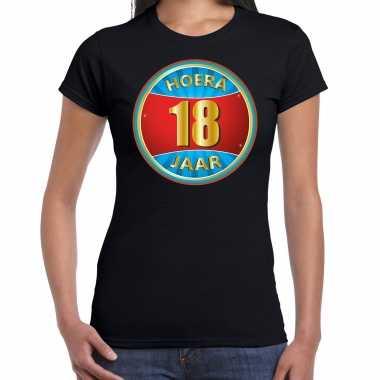 Verjaardagscadeau shirt hoera 18 jaar zwart dames