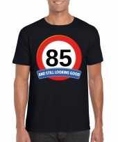 85 jaar verkeersbord t-shirt zwart volwassenen