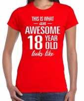 Awesome 18 year cadeau verjaardag t-shirt rood dames