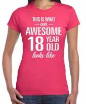 Awesome 18 year cadeau verjaardag t-shirt roze dames