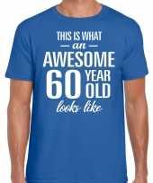 Awesome 60 year verjaardag cadeau t-shirt blauw heren