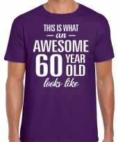 Awesome 60 year verjaardag cadeau t-shirt paars heren