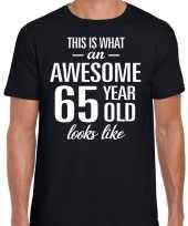 Awesome 65 year verjaardag cadeau t-shirt zwart heren