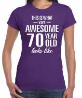 Awesome 70 year cadeau t-shirt paars dames