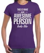 Awesome person cadeau t-shirt paars dames