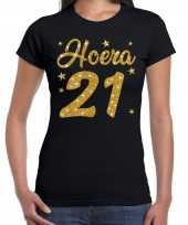 Zwart hoera 21 jaar verjaardag t-shirt dames gouden glitter bedrukking
